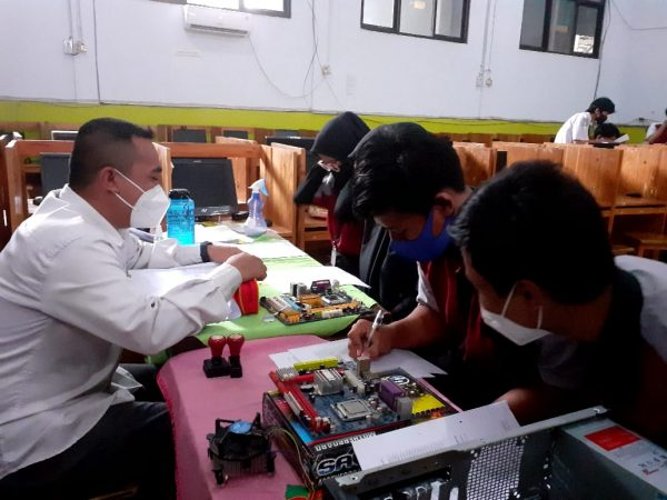 Uji Kompetensi Keahlian TKJ Tahun Pelajaran 2020/2021 SMK Pariwisata Citayam